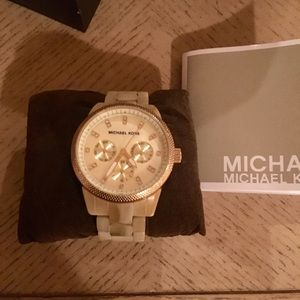 Beautiful Michael Kors Tortoise Shell Watch